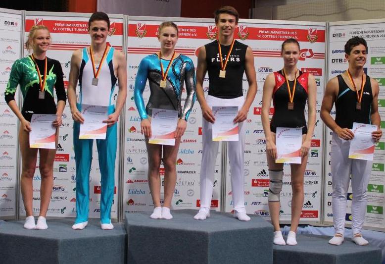 Siegerehrung von Melina (links außen)